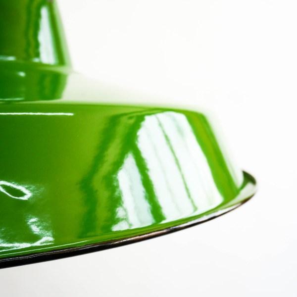 Suspensions émaillées plates vertes anciellitude