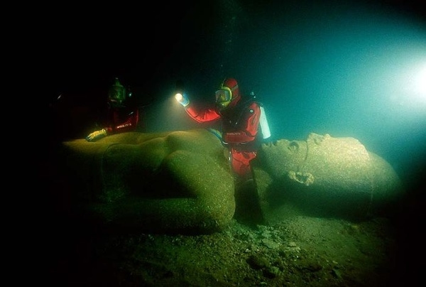 Two Megalithic Cities Submerged Off Alexandria Egypt so Where is Historical Account of Their Demise?