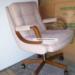 La Z Boy Trafford Big And Tall Executive Office Chair Vino Dining Room Styles Chairs True Innovations