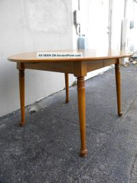 Dining Table: Queen Anne Cherry Dining Table