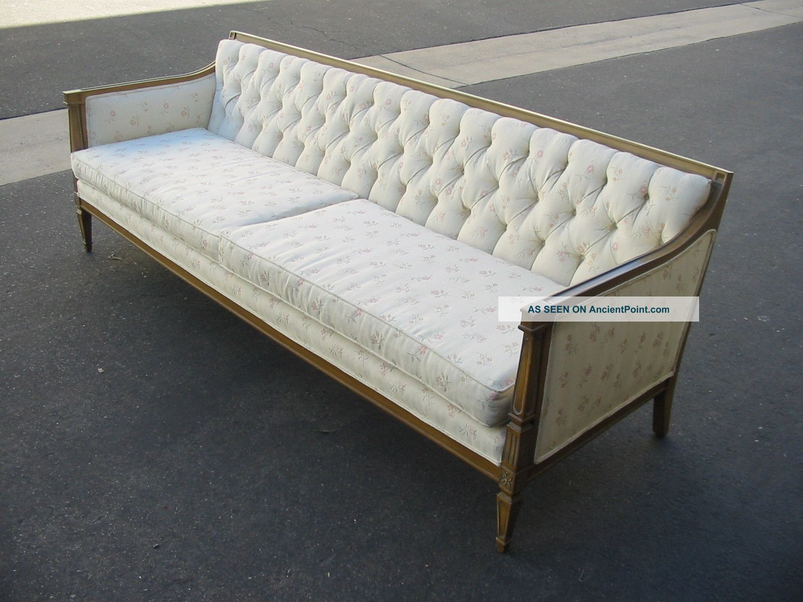 shabby chic sofa bed uk how to wash my cushion covers vintage couch tisch raum und möbeldesign inspiration