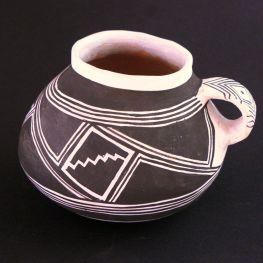 Kayenta Black on White mug