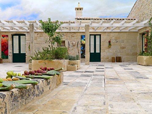 pergoda-terrace-relais-masseria-capasa-hotel