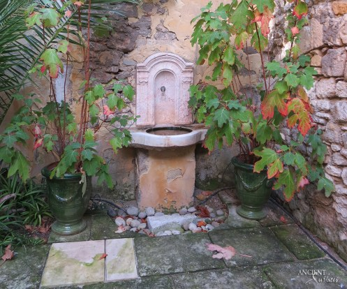 outdoor-antique-limestone-sink