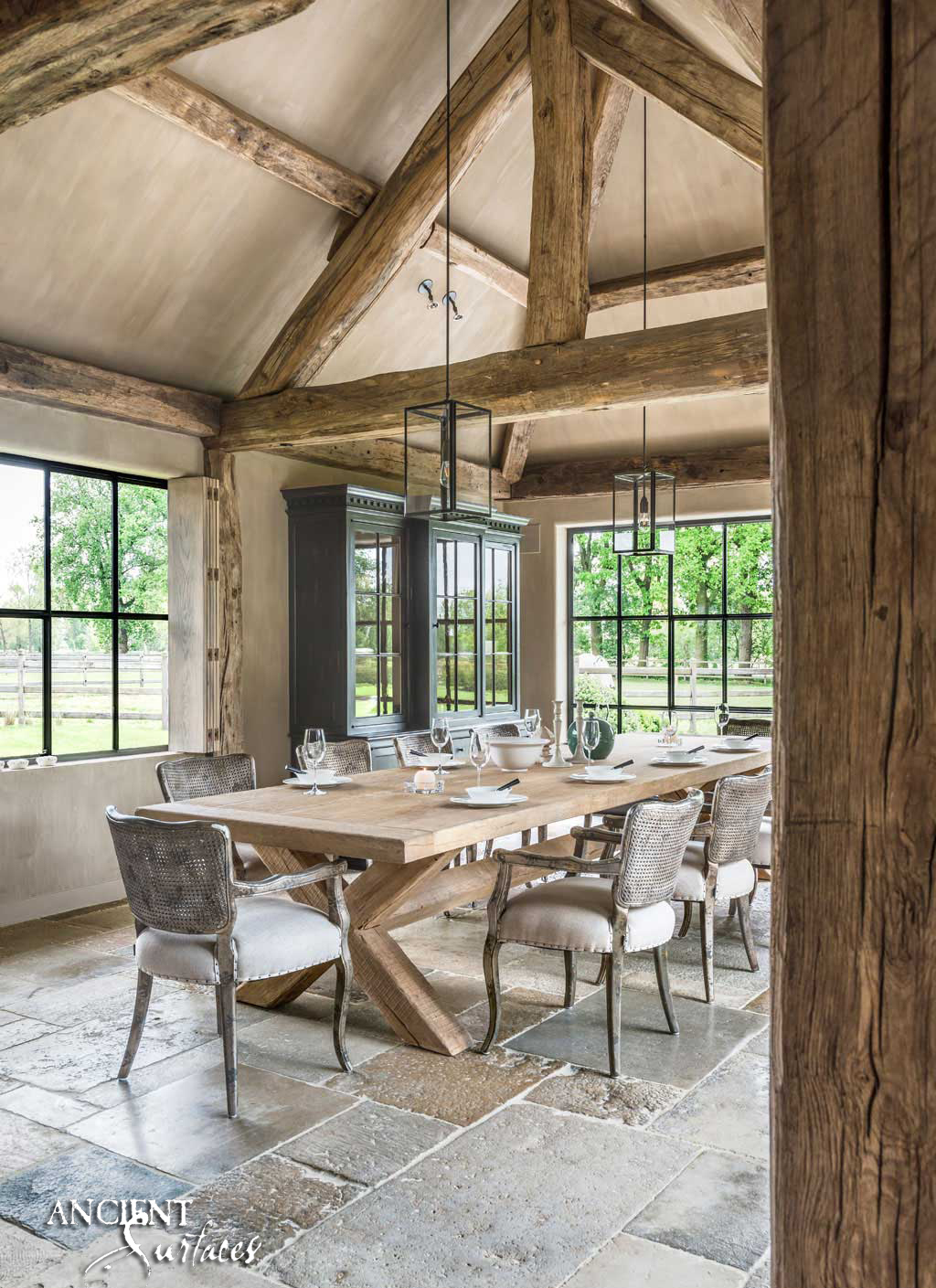 A 300 Years Old French Farmhouse Brought Back To Life