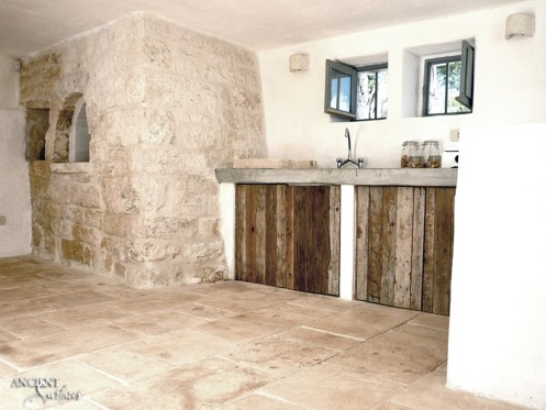 limestone-flooring-in-a-kitchen