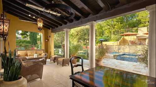 outdoor-seating-limestone-flooring