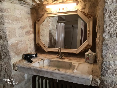 limestone-sink-bathroom-powder-room-stone-