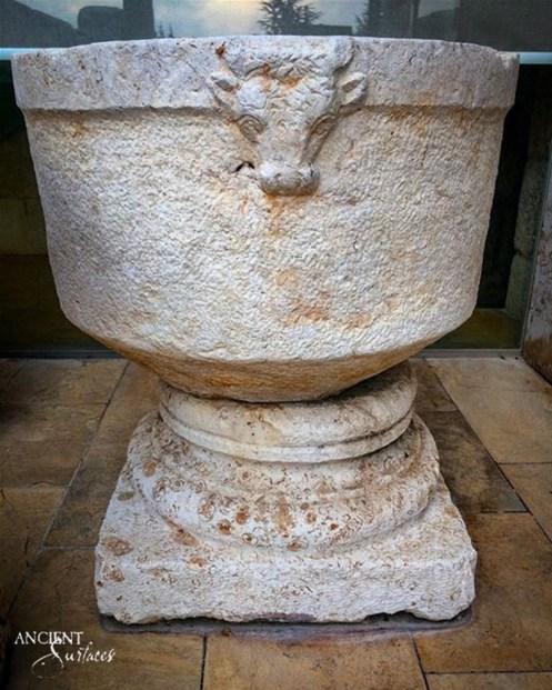 limestone-sink-bathroom-powder-room-stone-15-