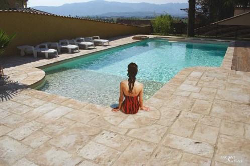 limestone-pool-coping