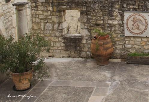 Outdoor-courtyard-french-farmhouse-countryside-limestone-flooring-wall-cladding