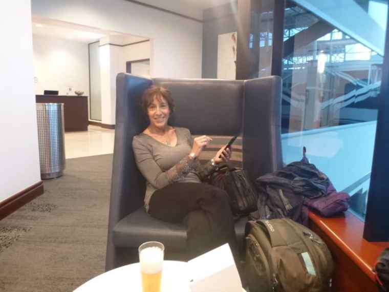 DEN Delta Lounge with Linda