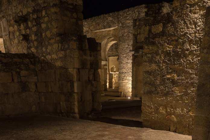 Interior Medina Azahara