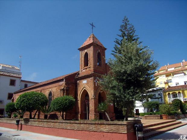 Parroquia de San Luis de Sabinillas monumento religioso en Manilva