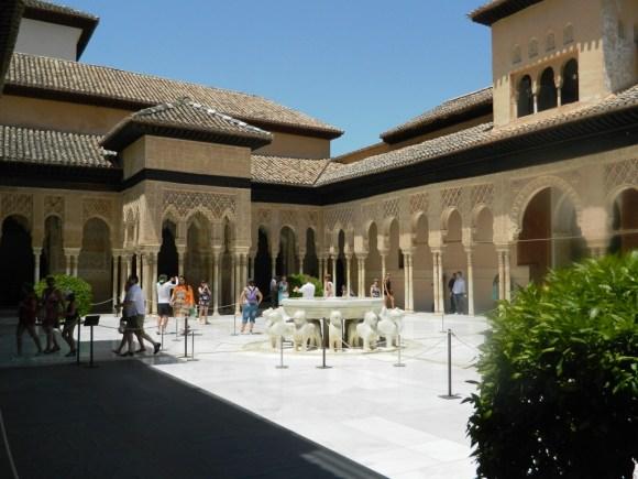Cosa vedere a Granada_Alhambra_Patio de los Leones