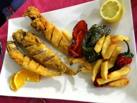 Brótolas fritte in provincia d'Almeria.