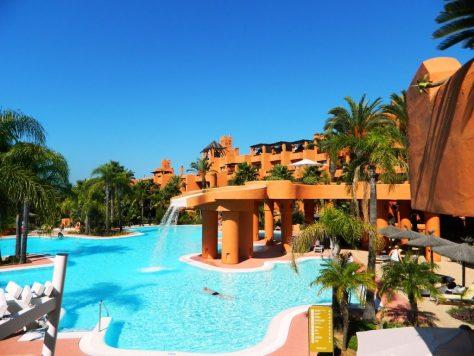 lusso_cadiz_cadice_resort_la_barrosa_novoresort_piscina_centrale