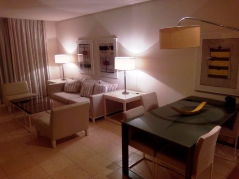 novoresort_lusso_salone_hotel_andalusia