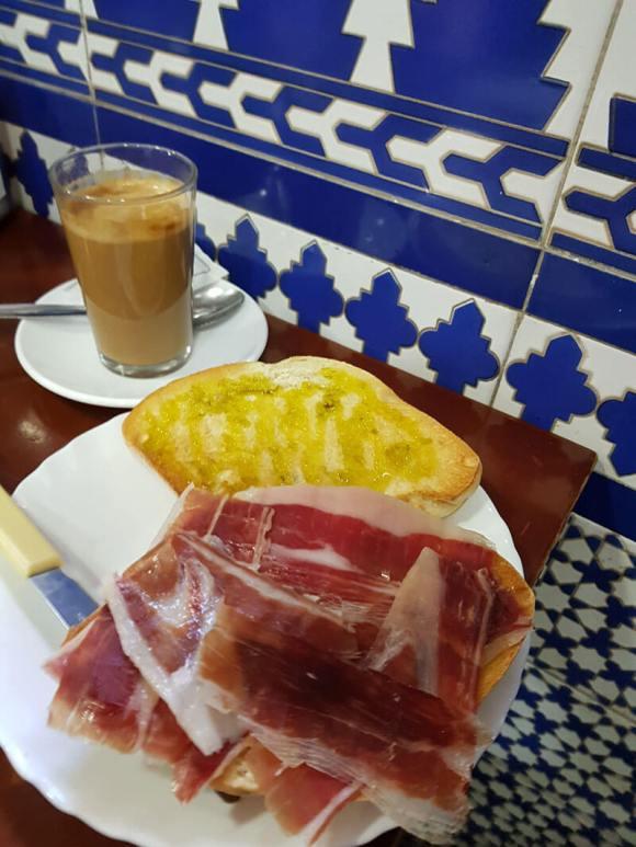 colazione_siviglia_leo