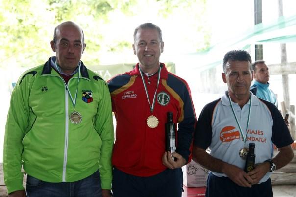 podium 2ª masculina campeonato andalucia bolo andaluz montaña 2013 foto familia