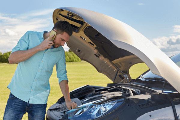Las 5 averías de coche más comunes en verano