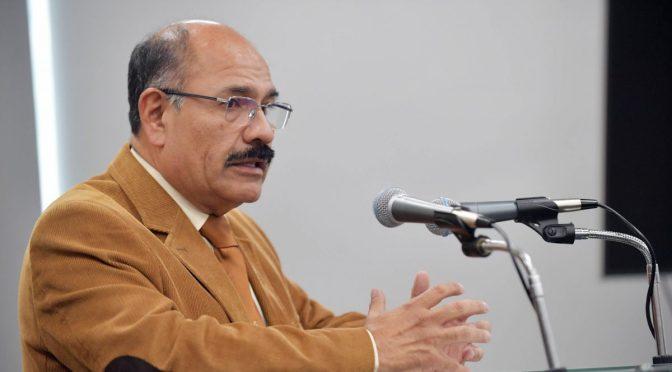 Comisión legislativa posterga declaración de exministro Cruz en caso respiradores