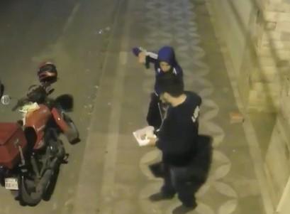 Yacuiba: Dos sujetos atracan aun delivery y se llevan su motocicleta