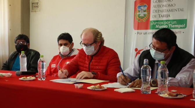 Gobernación y Ministerio de Trabajo firman acuerdo para generar oportunidades de empleo en Tarija