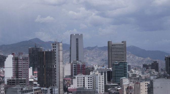 Pronostican descenso de temperaturas y lluvias en La Paz, Oruro y Potosí