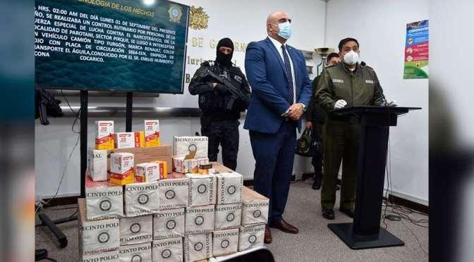 Descubren camión que transportaba 126 mil balas de La Paz a Santa Cruz