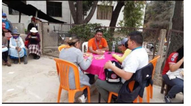 Denuncian a Rodrigo Paz y Edwin Rosas por uso de bienes del Estado para campaña política