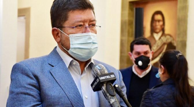 Unidad Nacional decide apoyar sin condiciones a Carlos Mesa