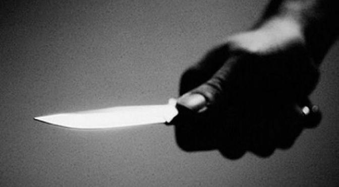 Dos sujetos apuñalan a jóvenes de 20  y 22 años, los acusaron de ladrones