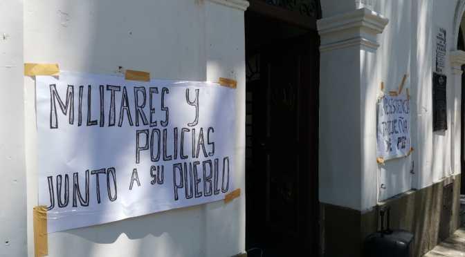 Las dos Tarijas: Una pide trabajar, la otra pide auditoria e intervención militar