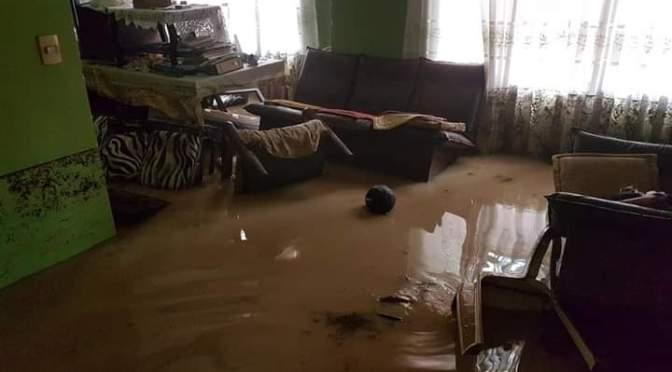 Barrios de Tarija se inundan y municipio no está preparado para combatir estos desastres