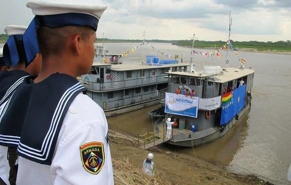 La Armada Boliviana exige cumplimiento de medidas de bioseguridad en el sector chalanas