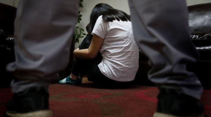 Un hombre violaba a una niña que vivía con su abuela, lo sentenciaron a 30 años de cárcel