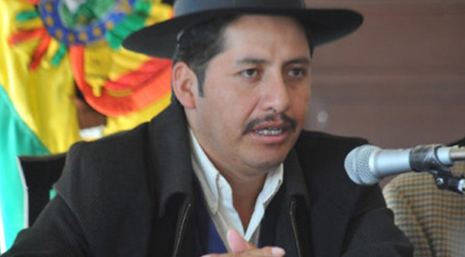 Juez levanta detención domiciliaria del exgobernador Urquizu, pero mantiene arraigo
