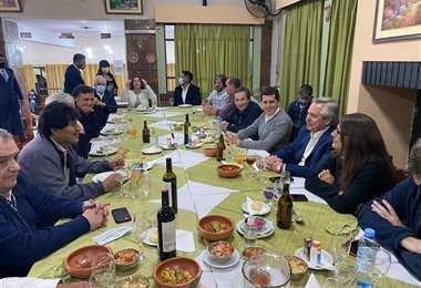 Integrante de la delegación argentina que compartió con Evo Morales tiene coronavirus
