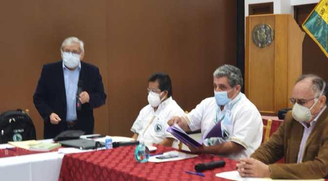 Entregan a la ALP reconocimiento de Tarija para un médico y enfermera por su labor en la lucha contra la pandemía