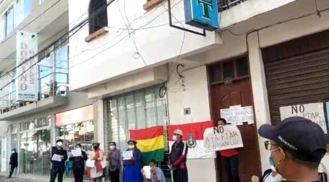Vecinos de San Luis bloquean oficinas de Cosaalt
