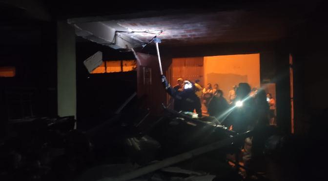 Comerciantes ambulantes sufrieron pérdidas desde 3000 a 12 .000 bolivianos por incendio