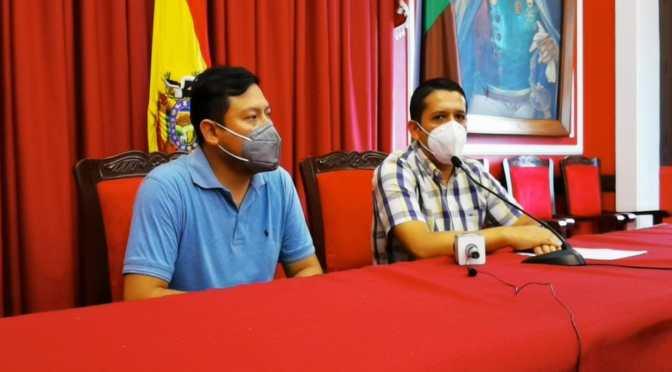 El gobernador Adrián Oliva fue internado con síntomas de Covid-19
