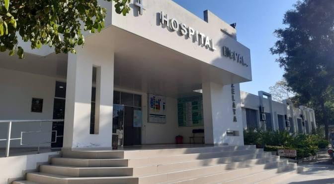 Salubristas en paro bloquean los ingresos al hospital Zelaya