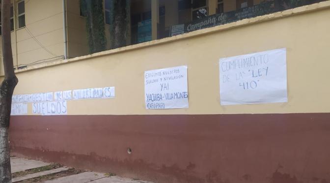 Salubristas ingresan a un paro indefinido por impago de salarios