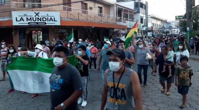 Transportistas exigen despejar las vías bloqueadas tras las elecciones
