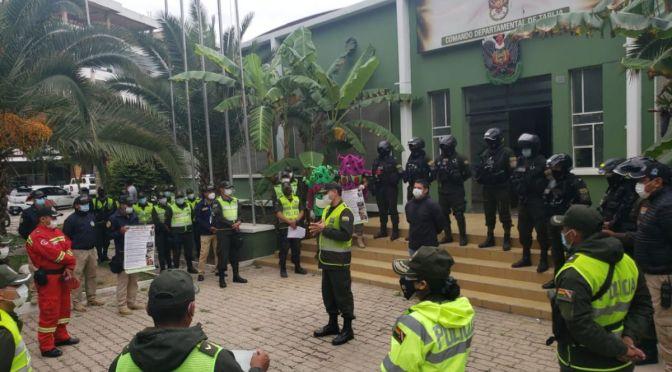 Policía sale a las calles, ante la inminente transmisión de la nueva cepa de Covid
