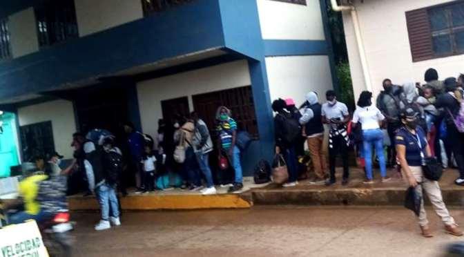 Bolivia deportó a 36 ciudadanos haitianos hallados en Pando