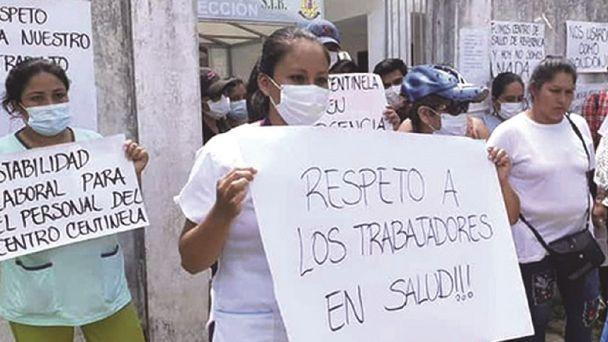 2000 médicos exigen al Gobierno el pago de sus salarios