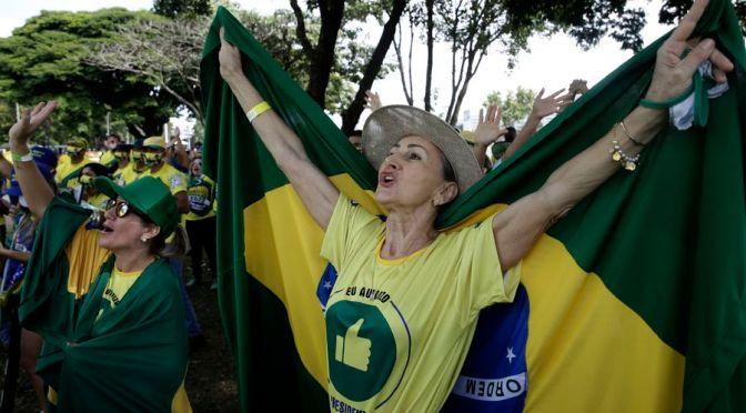2000 muertos diarios en Brasil y Bolsonaro convoca a marchar